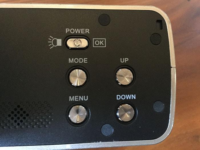 格安ビデオカメラBesteker ボタン