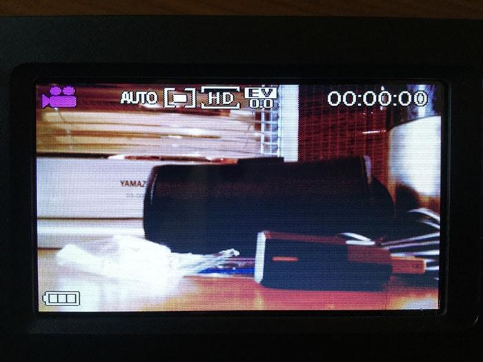 格安ビデオカメラBesteker モニター画面