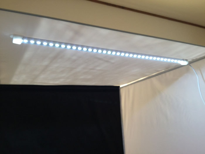 LEDライト付撮影ボックス 初心者向けの簡易照明を使った物撮り入門