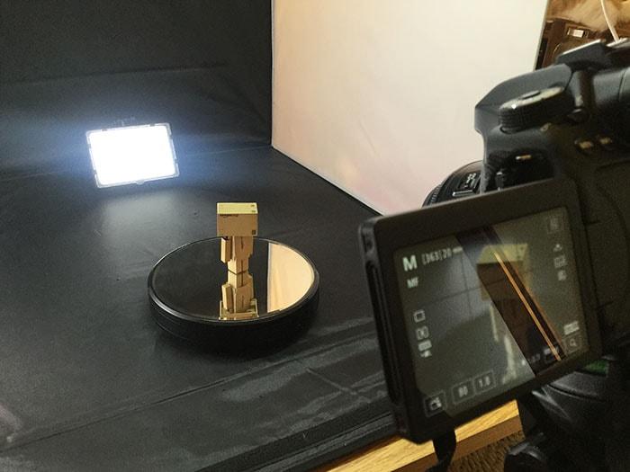 回転台 初心者向けの簡易照明を使った物撮り入門