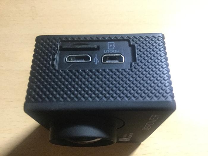 DBPOWER 4K マイクロSDカードの入れ方