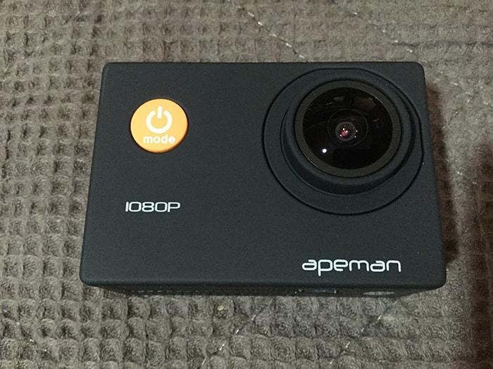 APEMAN A66正面 FullHDアクション・ウェアラブルカメラ
