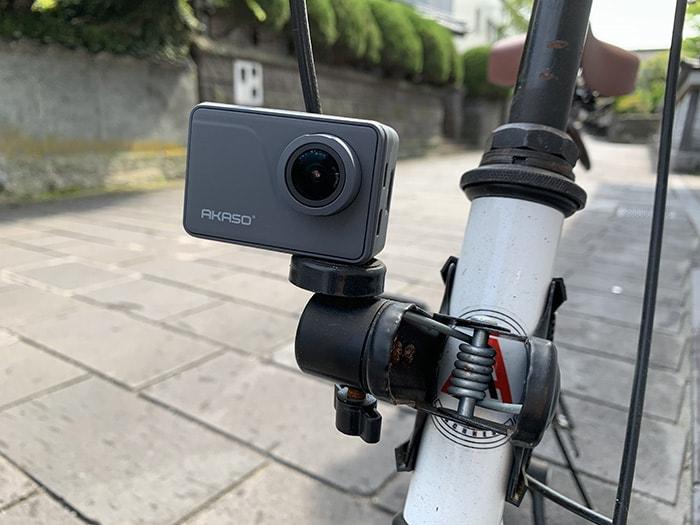 自転車に付けたAKASO V50Pro おすすめの人気アクション・ウェアラブルカメラ